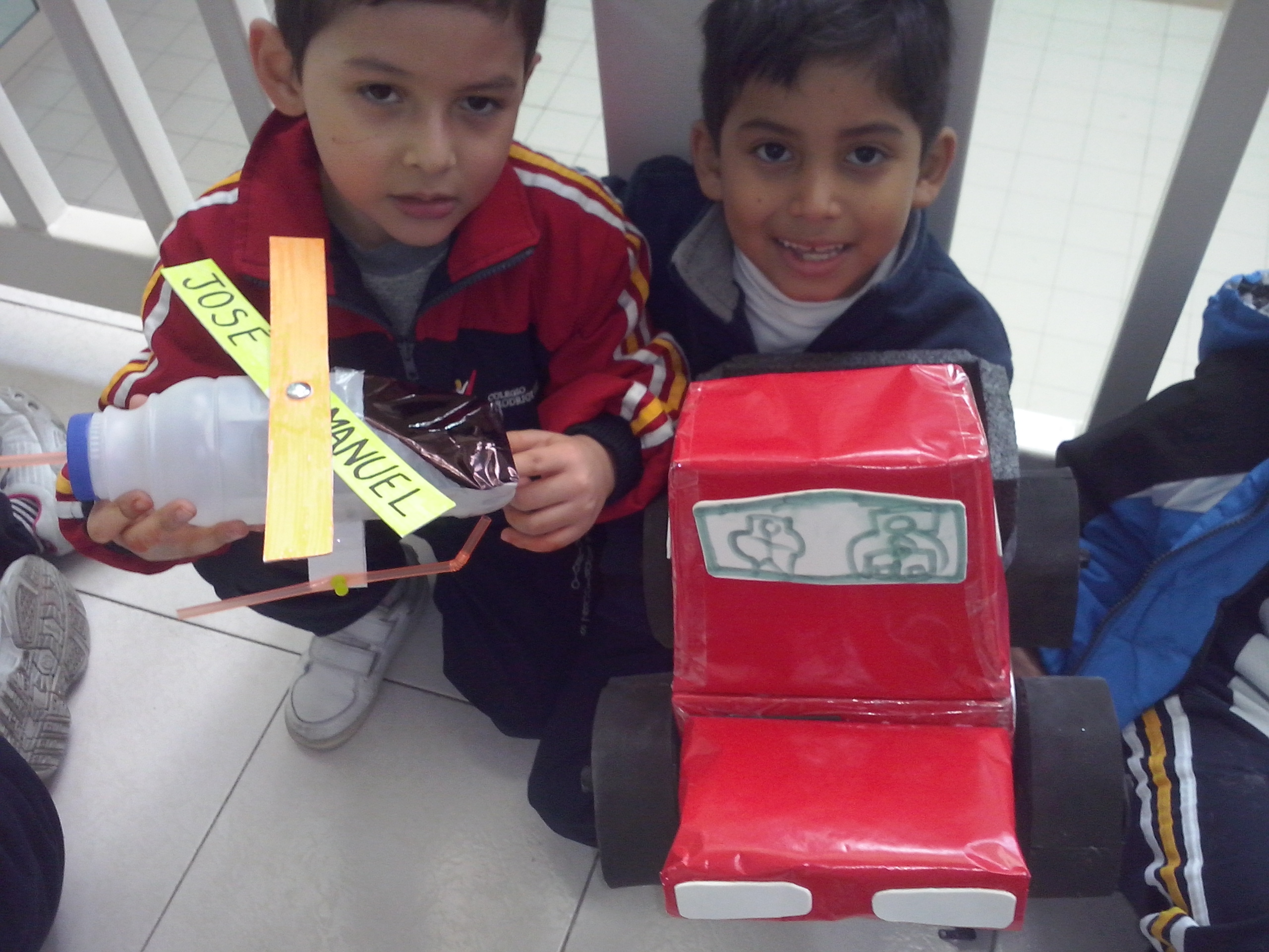 1 ST GRADE PROJECT MAKING TOYS 2014 -CAMPUS LA FE
