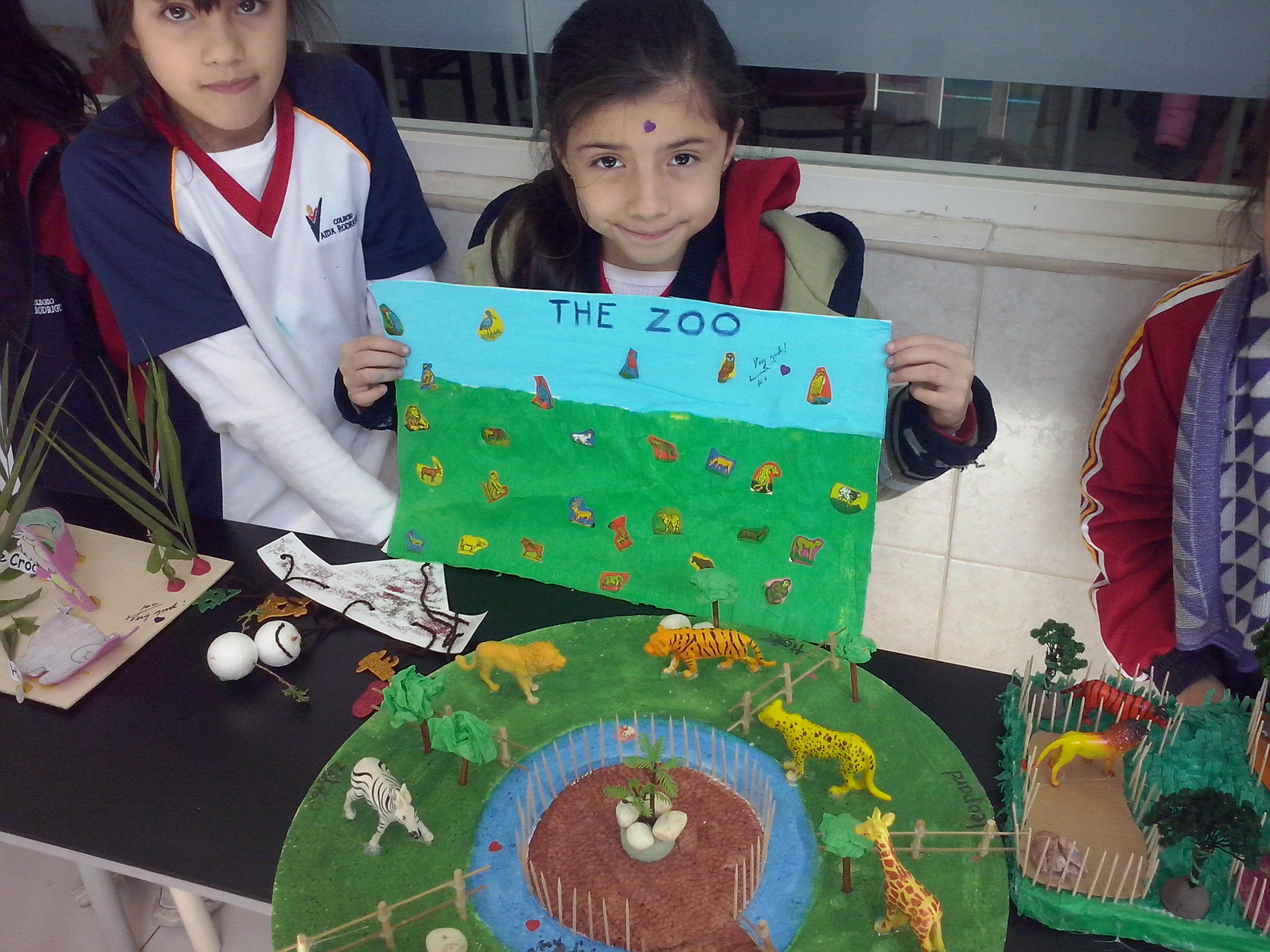 2ND GRADE PROJECT WILD ANIMALS 2014 -CAMPUS LA FE